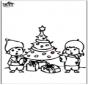 Disegno da bucherellare - Albero di Natale 4
