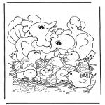 Disegni da colorare Temi - Galline con uova